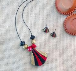 Terracotta Pendant Set