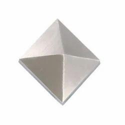 Pyramid Cap