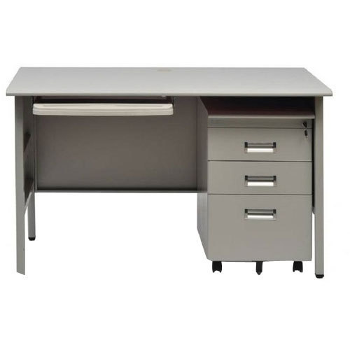 Rectangular Steel Office Work Table, Size (Feet): 4 * 2 ...