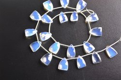 13 Strand 12-16mm- 20 Beads-Amazing Opalite Quartz Faceted Pyramid Shape Briolette Beads