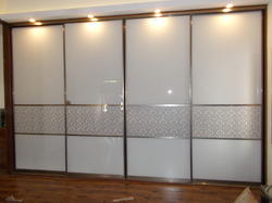 Modern Bedroom Wardrobe Loft Glass Sliding Door Service Provider