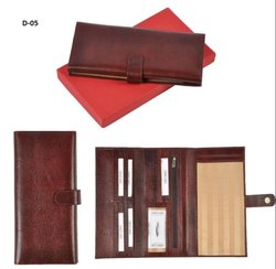 Atrharva Leather Foldable Ladies Wallet