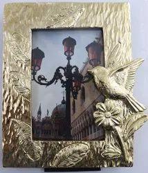 metal Golden flying bird designer photoframe, For Decoration, Size: 4x6