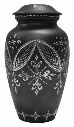 Royal De Wajidsons Conservative Decorative Urn