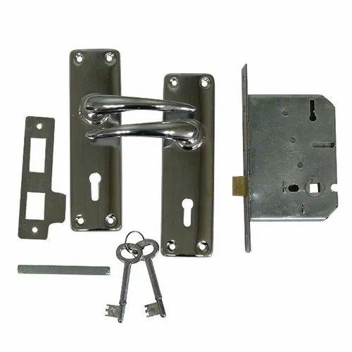 INHLO2-2 Lvr Iron Handle Lock Set