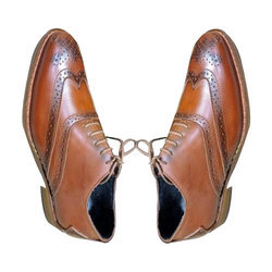 Amriwala Mens Dotted Pattern Leather Formal Shoes, Size: 6-14