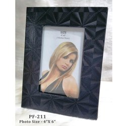 Black Design Wooden Photo Frame 4-6