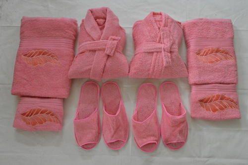 Cotton Plain Comfortlooms 8 Pcs Pink Bathrobe Set b030f61d6