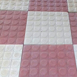 Chequered Cement Tile, 8 - 10 Mm