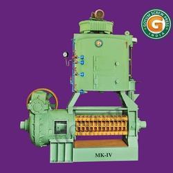 Semi-Automatic Cotton Seed Oil Screw Press, Capacity: 15 Ton Per Day