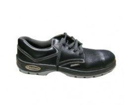 Black Burn Leather Blackburn Safety Shoe, Size: 6 to 10
