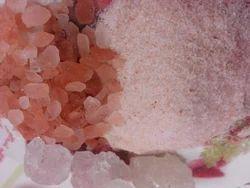 Pink, White Powder Pink Rock Salt, Packaging Type: Packet, 1 Kg
