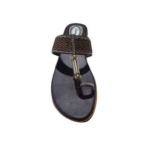 Casual Ladies Black Slippers, Size: 6