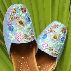 Floral Embroidery Loafer Jutti