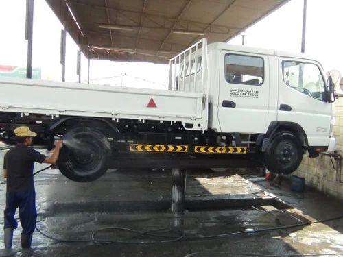Four Wheeler Service Station Equipments Hydraulic Car Washing Lift