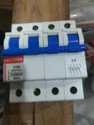 1000Amp Tiny Trip 32 Amp 4 Pole MCB Switch