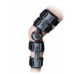 Knee Immobilization Brace