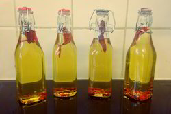 Organic Chillies Oil
