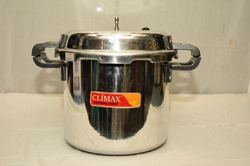 Stainless Steel Pressure Cooker, Capacity: 1-5 Ltr