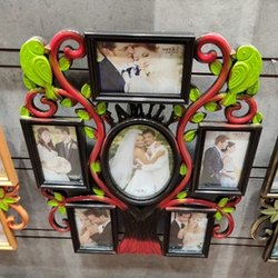 Traditional Photo Frames