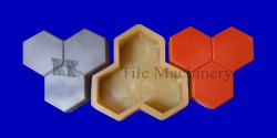 3 Dabbi Plastic Paver Block Mould