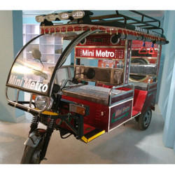Mini Metro ( Gold SS) Battery Operated E Rickshaw