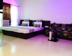Luxury Rooms Service