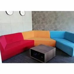 Designer Conference Room Sofa Set, Seating Capacity: 5 Seater