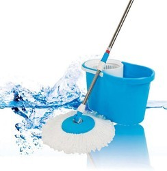 Cleaning Wet Bucket Mop