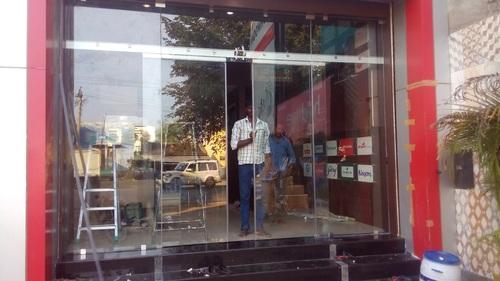 Dorma Toughened Glass Automatic Frame Less Glass Door Rs 98000 Unit Id 7700750362