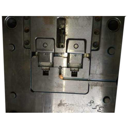Vertical Injection Mould Dies