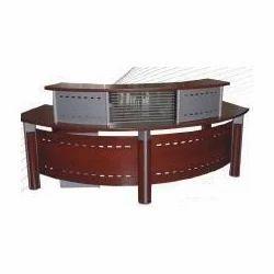 Stylish Reception Table
