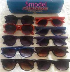 Men Plastic Frame Sunglasses