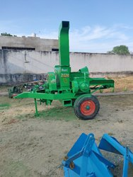 Iron Gear Transmission Weeder Rice Cutting Machine, For Agriculture, 35 Hp