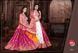 82452a86c3084 Valkaram Silk Golden   Pink Pink N Golden Silk Sarees