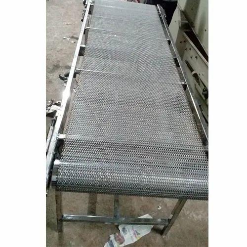 Wire Mesh Material Handling Conveyor