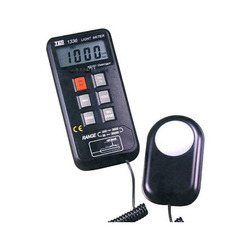 Data Logging Light Meter (RS-232)