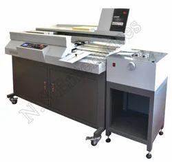 Perfect Glue Binding Machine, Weight: 227 kg