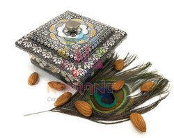 Oxidized Multicolor Dry Fruits Container, for Gift, Size: 10 X 10 X 6 Cm