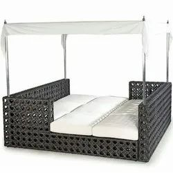 Wicker Daybed Set