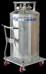 XL240 Taylor Wharton Liquid Gas Cylinder, 1.5 Bar, Packaging Size: 240 L