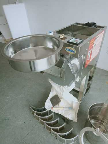 Manual Spice Grinding Machine, Power: 2 hp