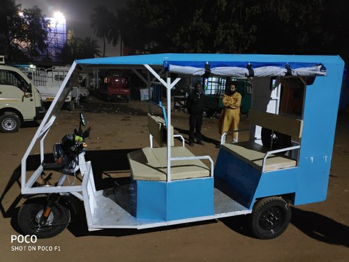 E Rickshaw, Seating Capacity: 5, Vehicle Capacity: 4 Seater