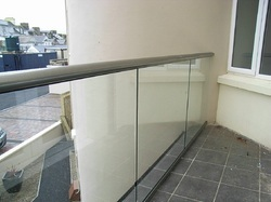 Frameless Glass Handrail