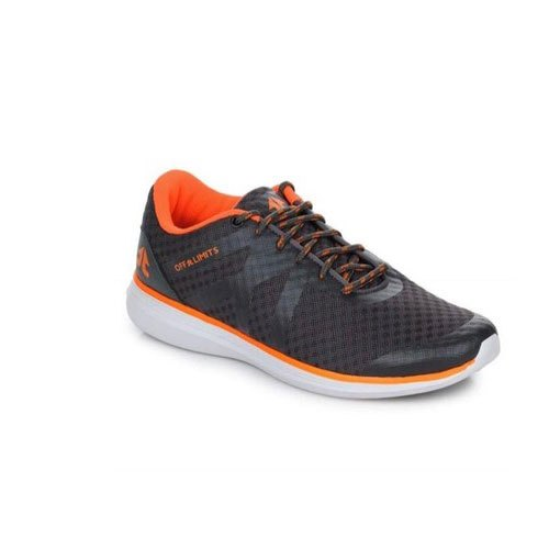 Off Limits Boys Track Shoes, Size: 6 to