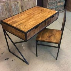 Wooden, Iron Powder Coated Iron Table and Chair, Seating Capacity: 2 Seater