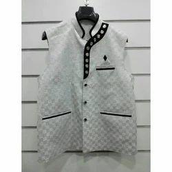 Men Plain Waistcoat, Size: M or XL