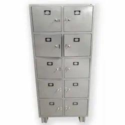 Allsafe Metal Locker Almirah, Size/Dimension: 36