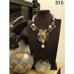 Ladies Stone Necklace Set