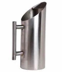 Round Stainless Steel Pipe Matt Water Jug, Packaging Type: Box